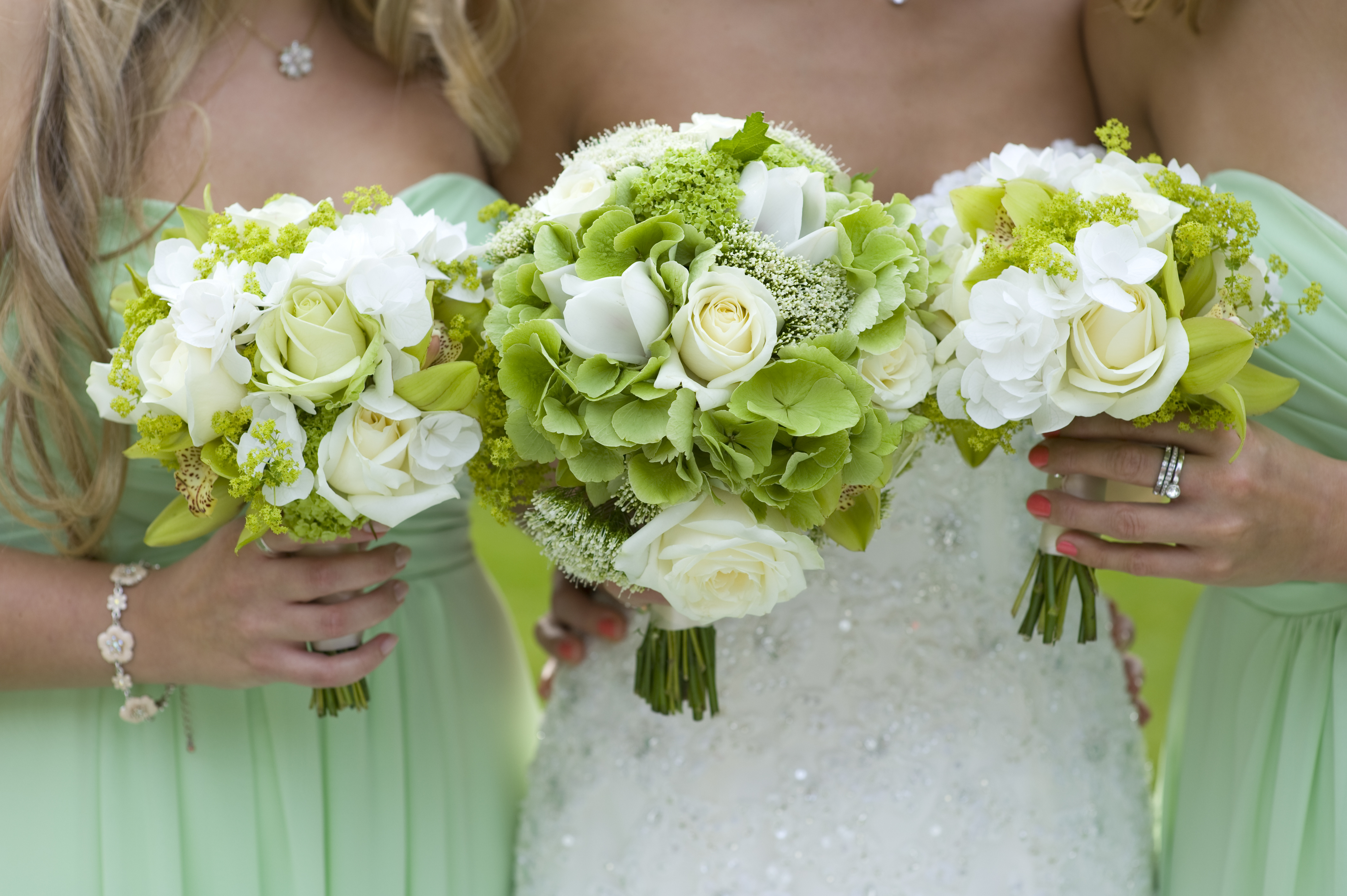 Garlic And Sage The Origins Of The Modern Bridal Bouquet Blooms
